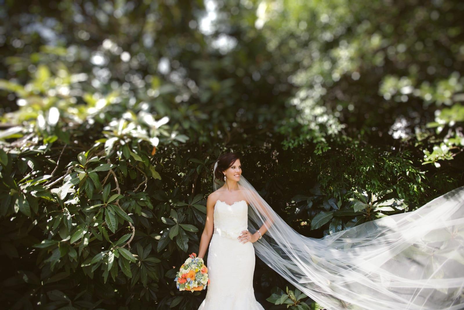 laguna gloria bridal portraits kelly the bird the bear austin destination wedding photographer and videographer