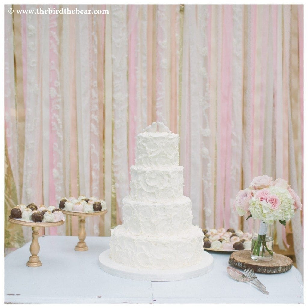 Wedding_Cake_Oak_Tree_Manor