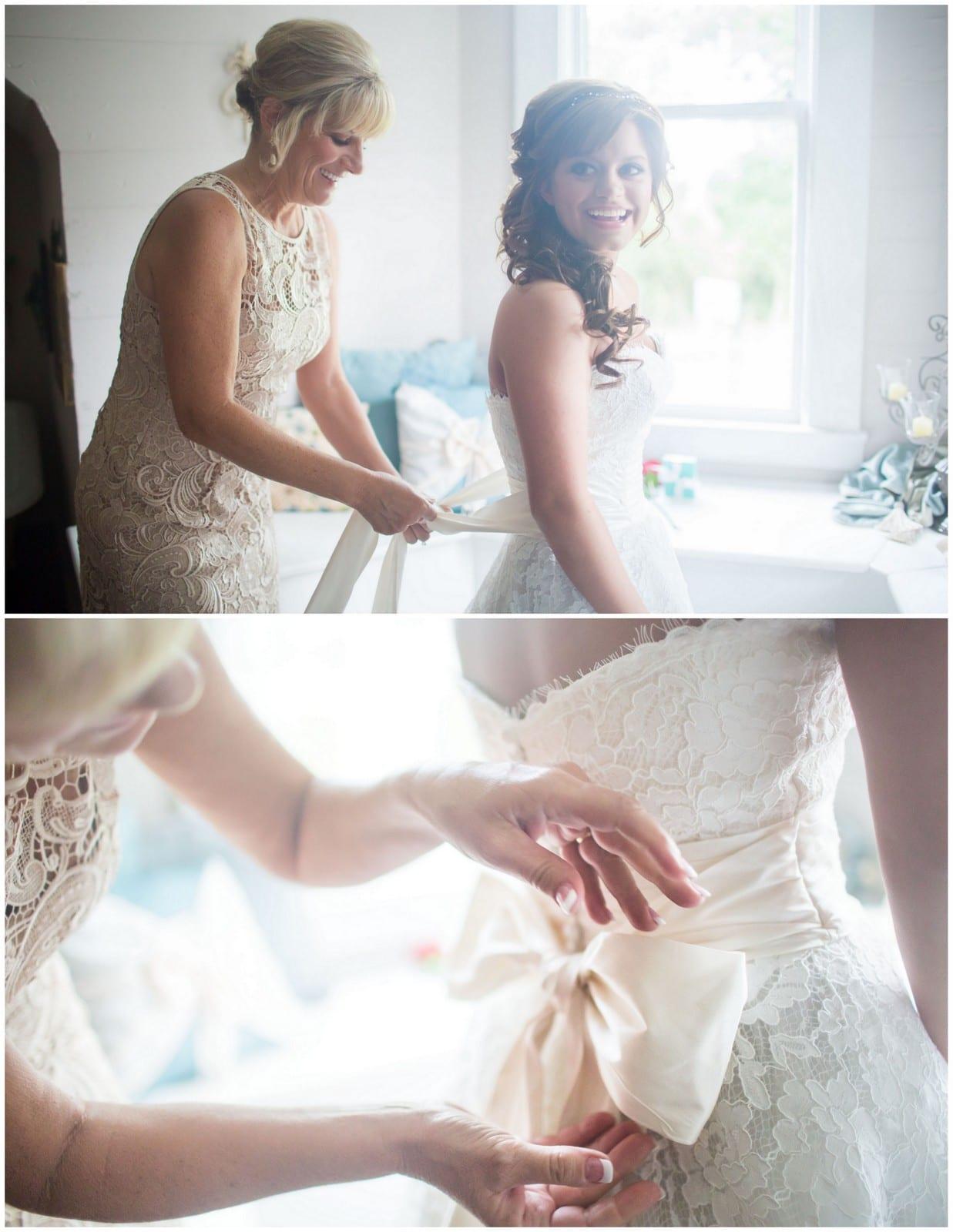 Oak tree manor wedding kaitlin seth the bird the for Wedding dress rental austin tx