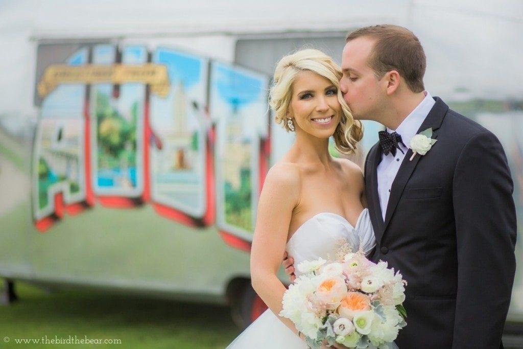 Austin, tx bride and groom